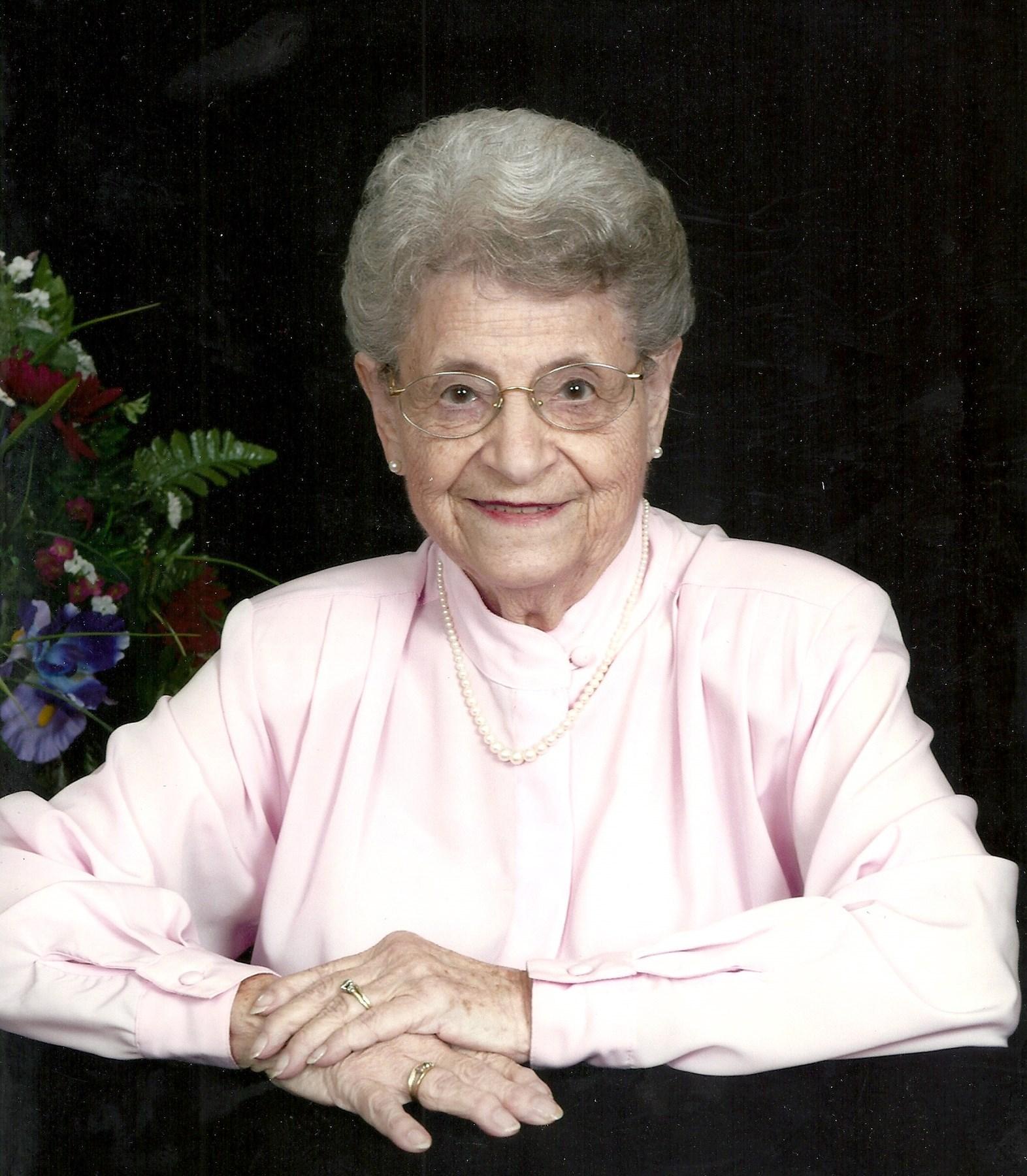 Marcelene Mary  Soest