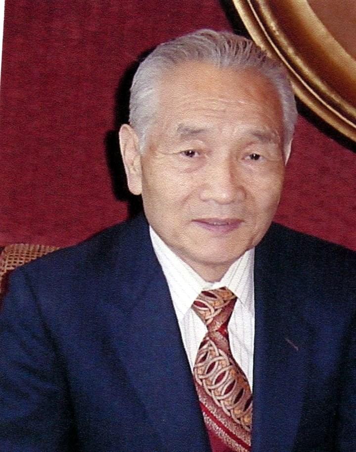 Byung Kyu  Lee