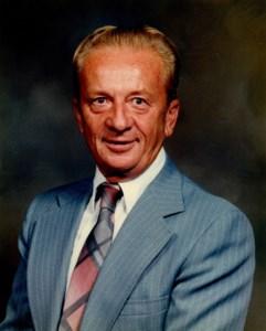 Arno G.  Kalb