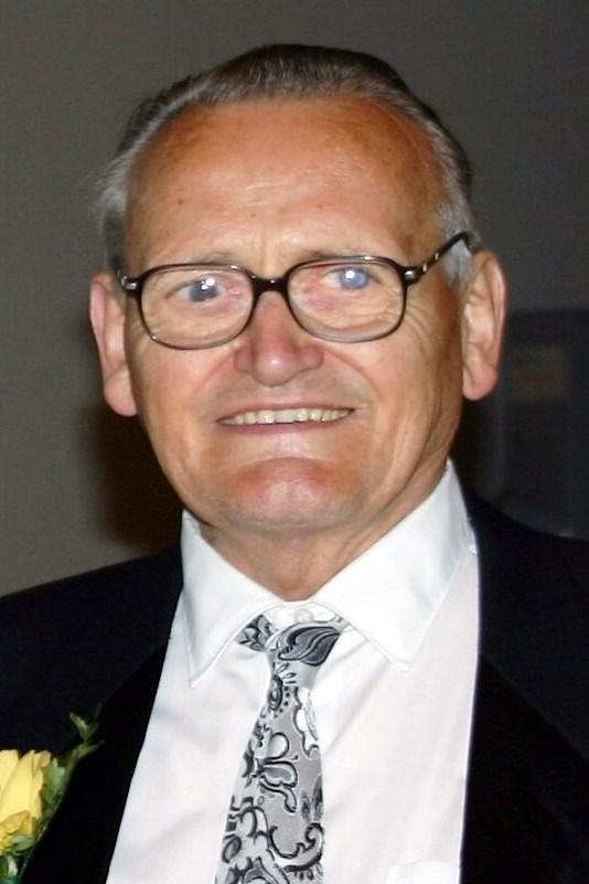 Len  Warmerdam