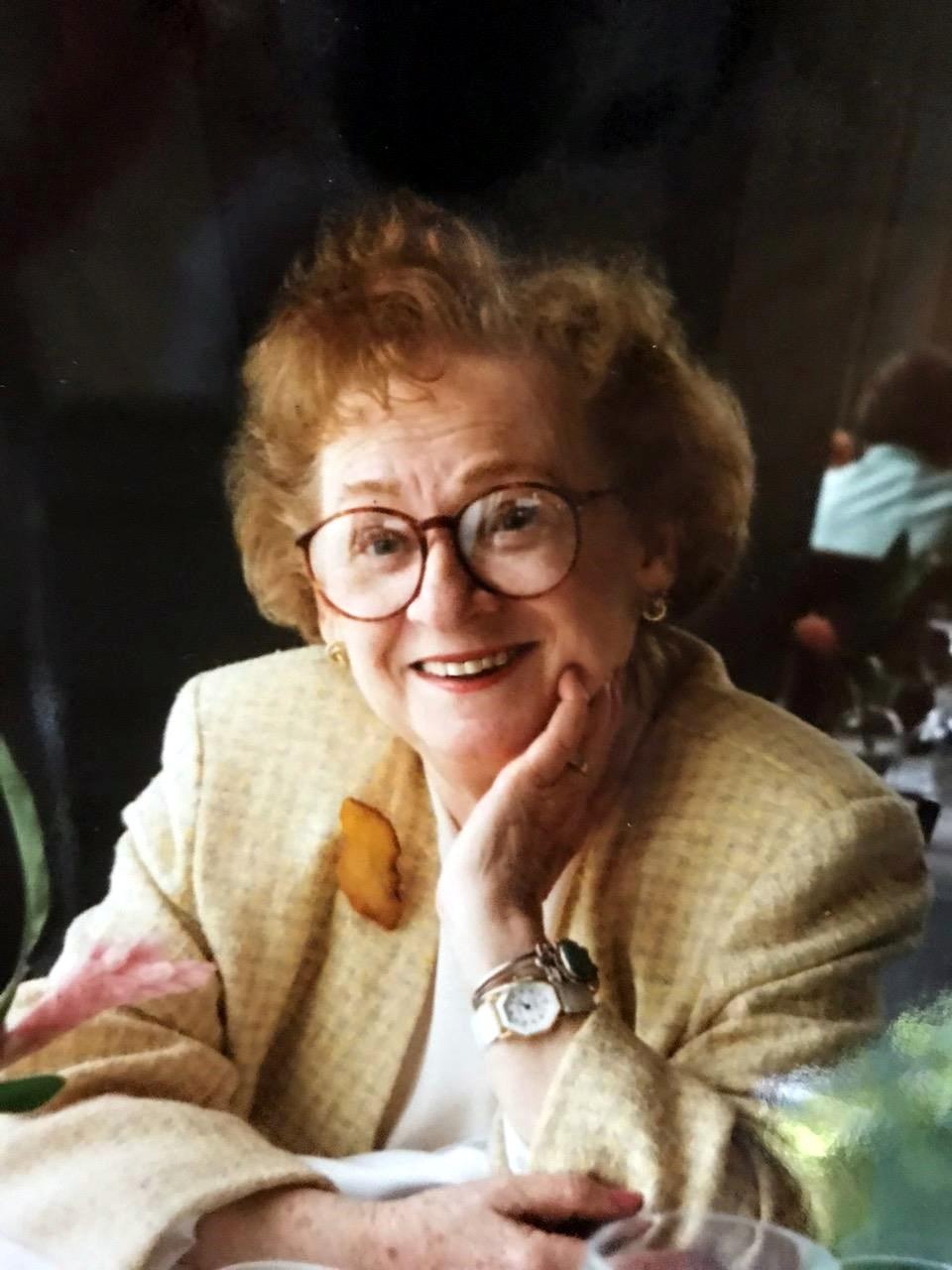 Albena Stephanie  Ruther
