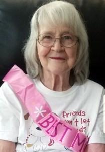Margaret Yvonne  Llewellyn