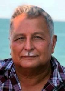 Santos R.  REYES