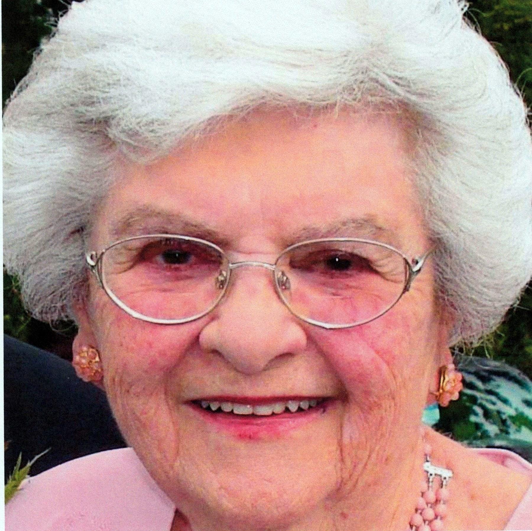 Jeanne  Tullis