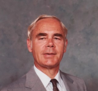 Wally  Bergstrom