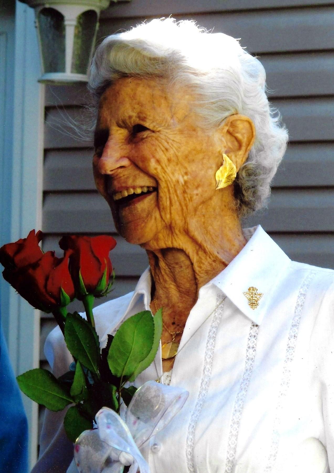 Dorothy Lorraine  Miner