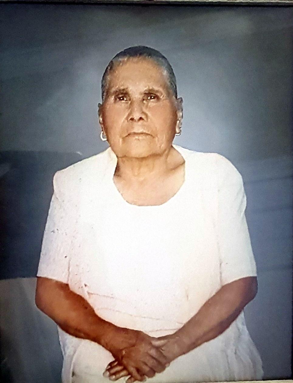 Lucina  Fernandez de Torres