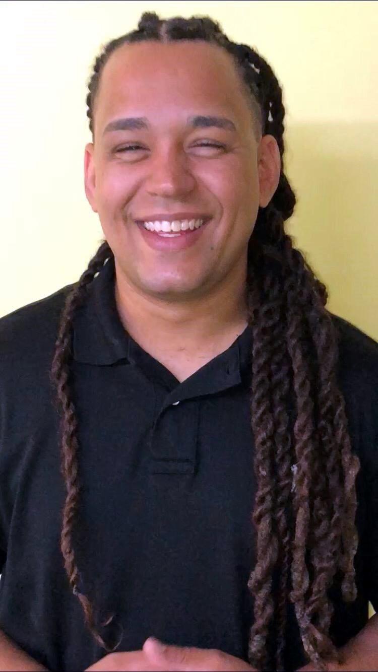 Vinicius C.  Santos