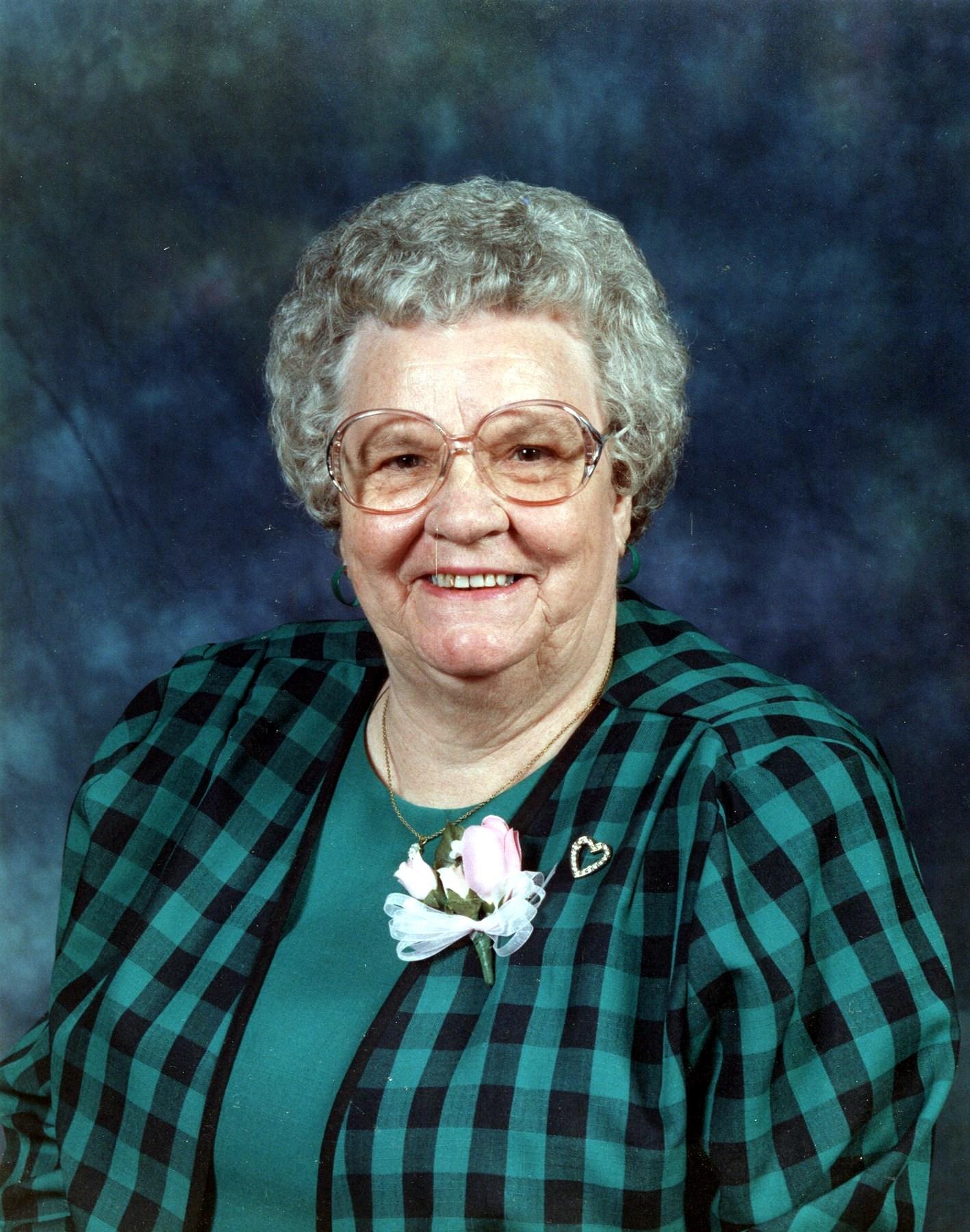 Mildred Aileen  Higgins