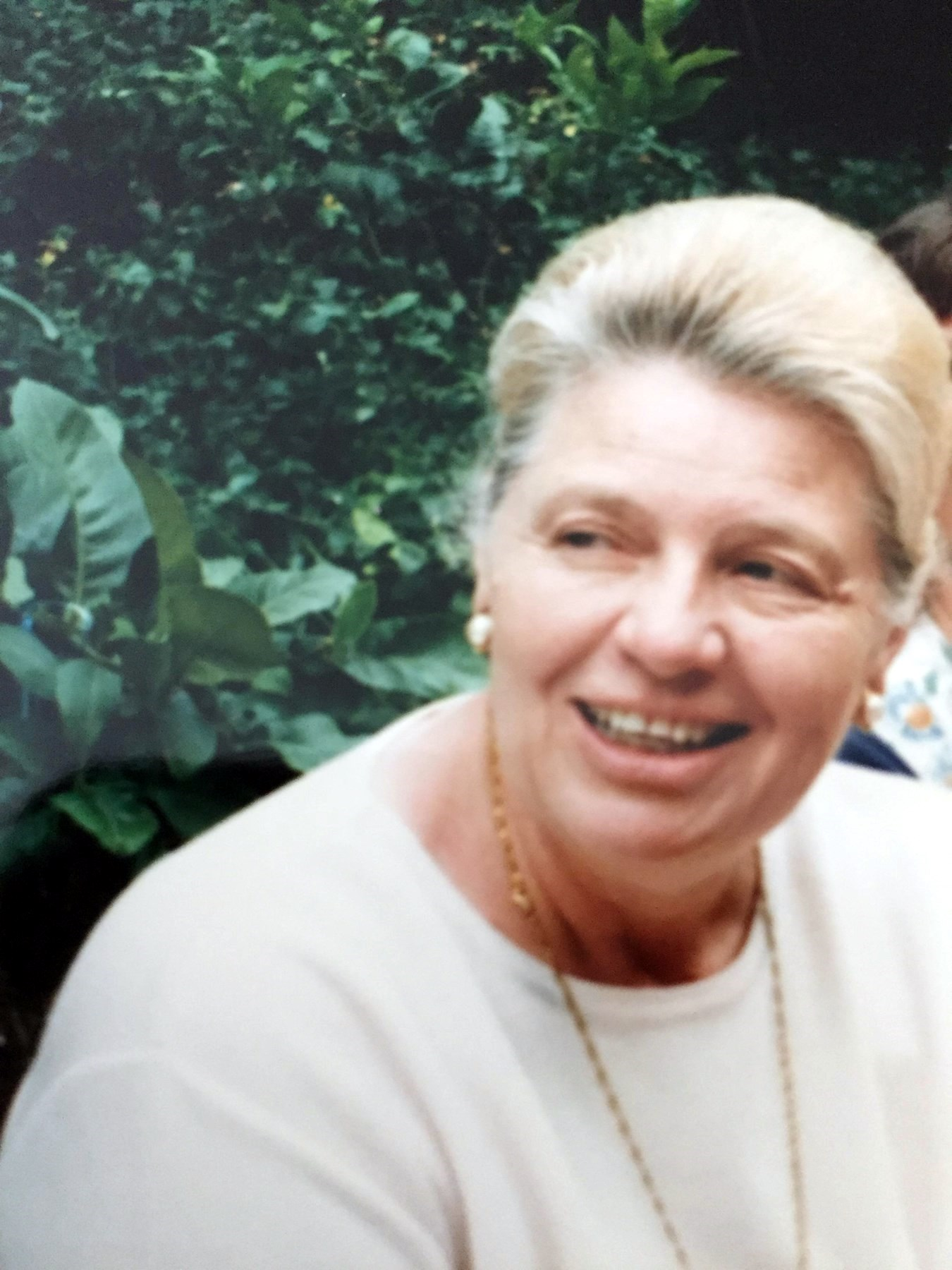 Freda Mae  Davis