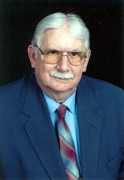 Robert Eugene  Mantle