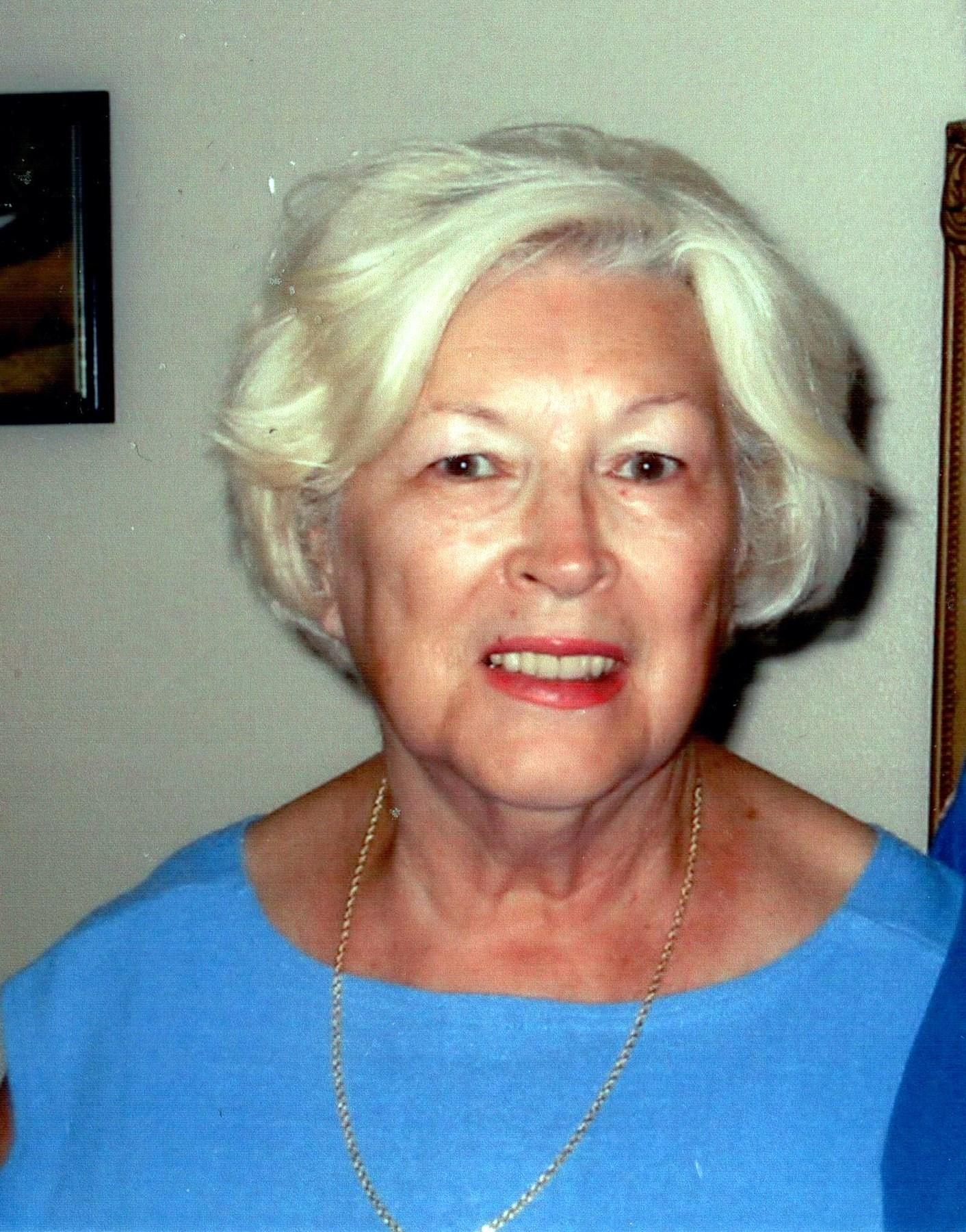 Lorraine E.  Klemme