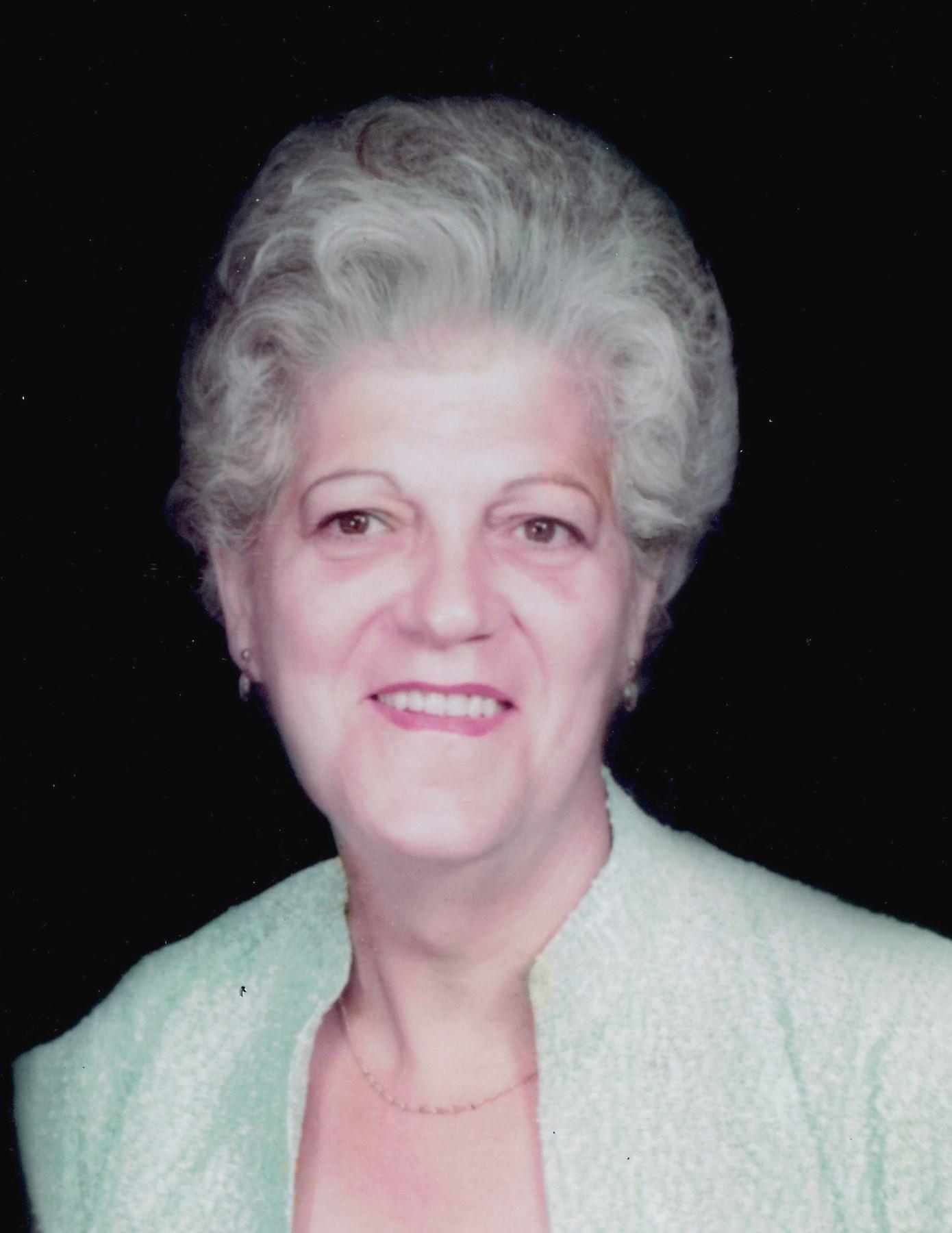 Esther  Di Benedetto