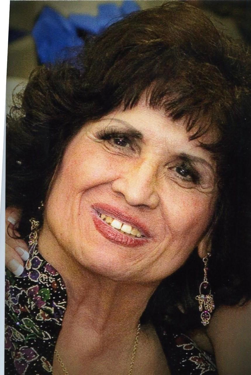 Alicia  Lombraña