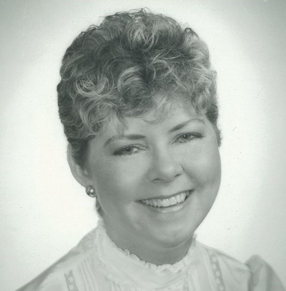 Forum on this topic: Barbara Ferris, veleka-gray/