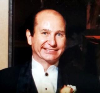 Kenneth Carl  Kobobel