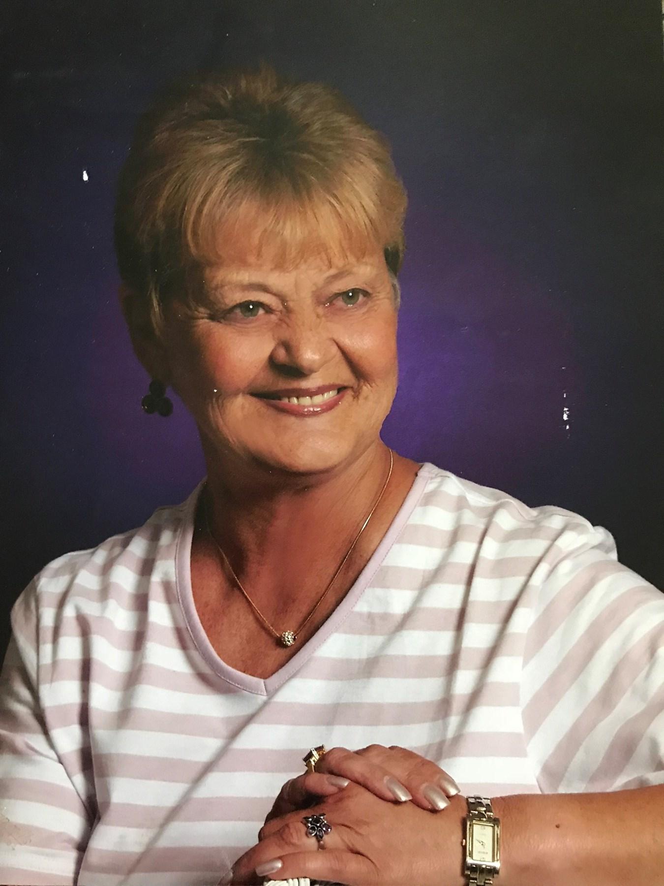 Linda Davis  Berkenkemper