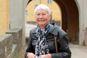 Eva Uhlig  Woodward
