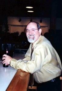 Robert  Loza