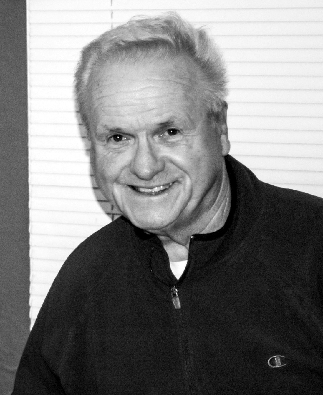 Leonard T  Olson