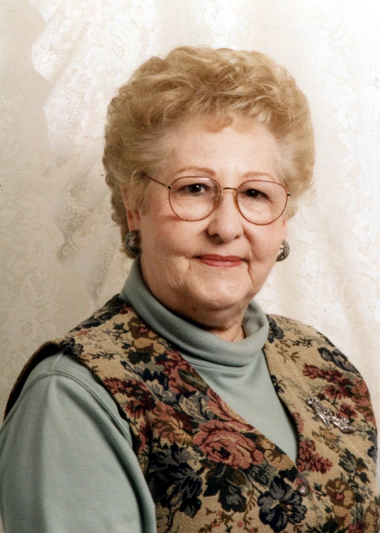 Evelyn  Sharpe