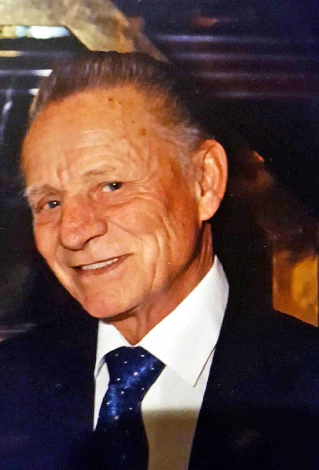 Joseph  Komlo