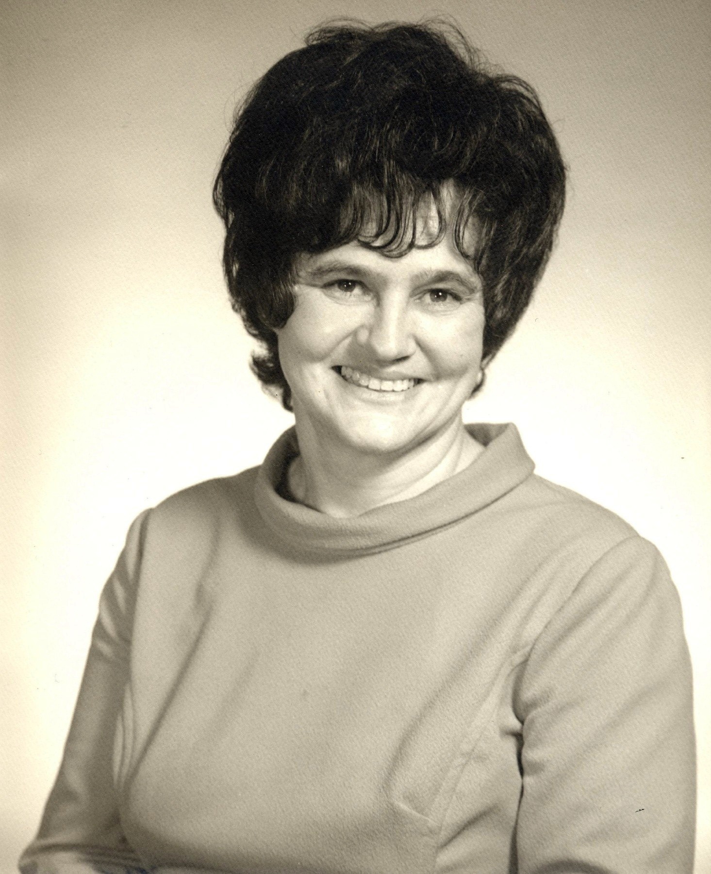 Judy Cornwell (born 1940),Dorothy Boyd Porno image Steffani Brass,January Jones born January 5, 1978 (age 40)