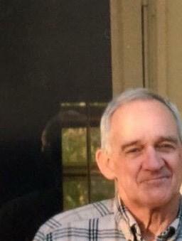 Robert Larry  Moore Sr.