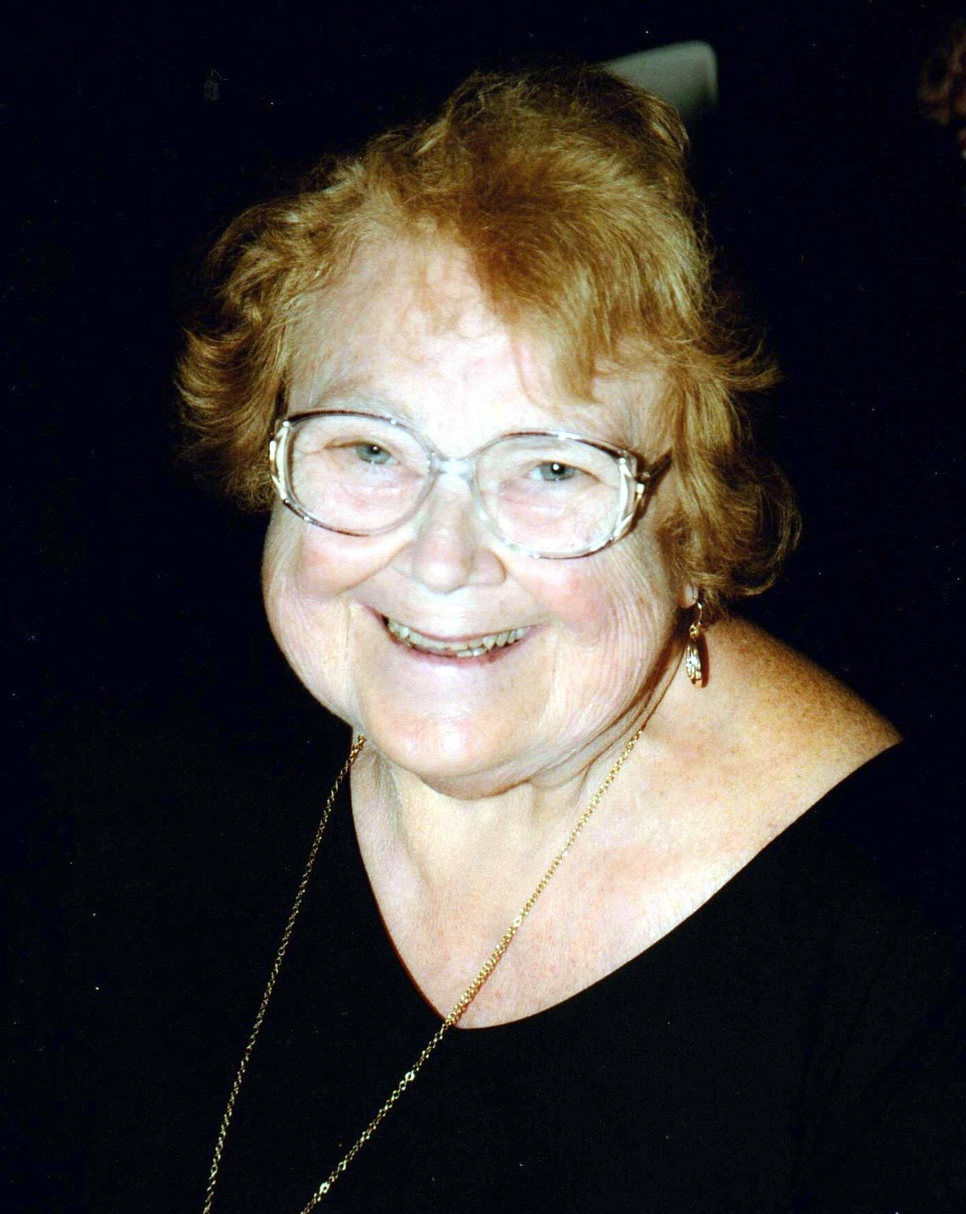 Sandra Lee  Greenlaw