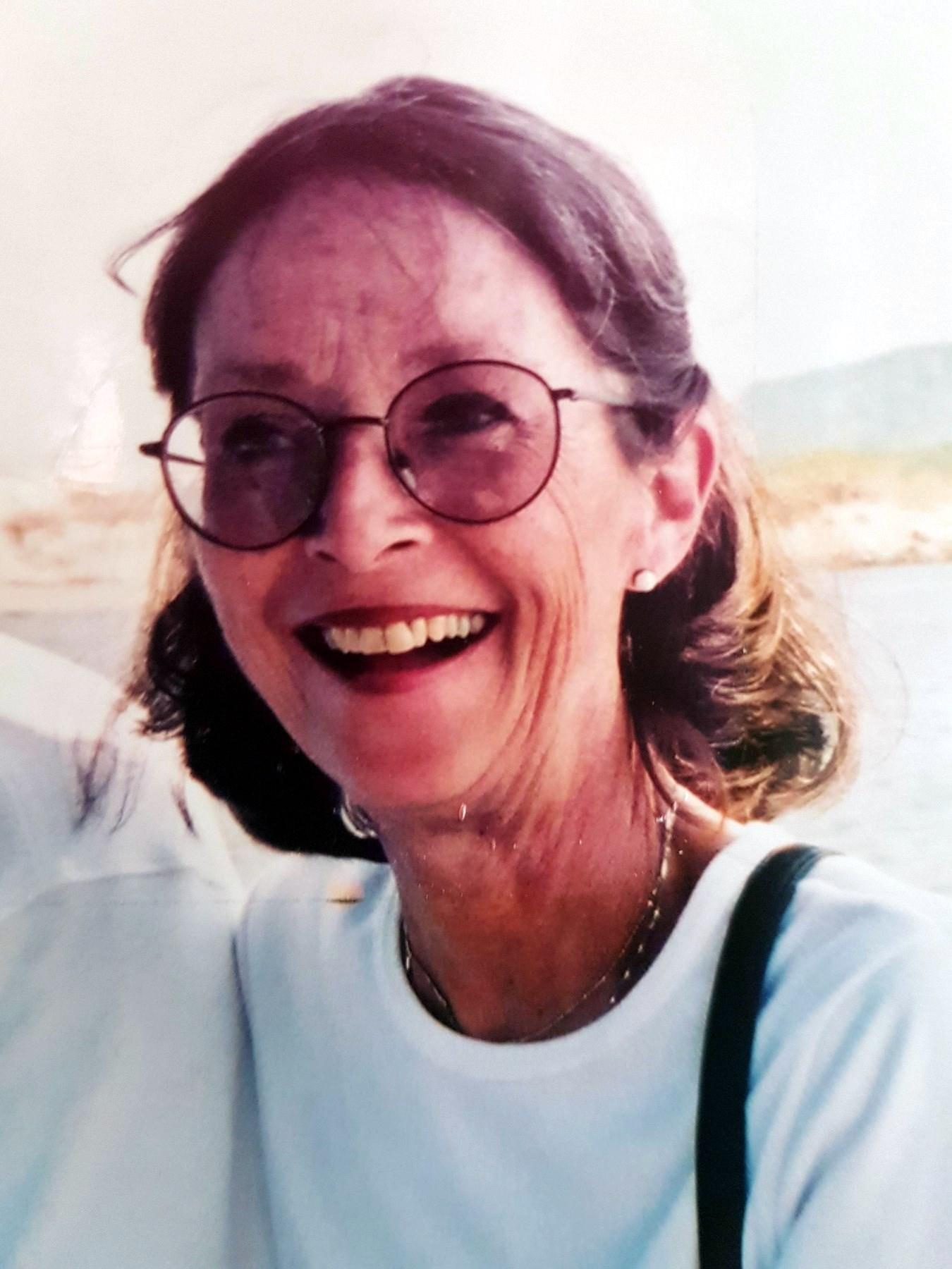 Kathryn Lynne  CRAWFORD