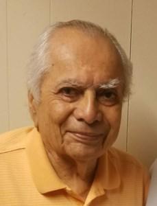 Salvador  Aguilar