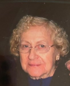 Stephanie V.  Perloski