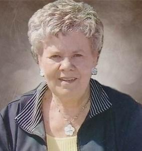 Monique  Saulnier (Née Houde)