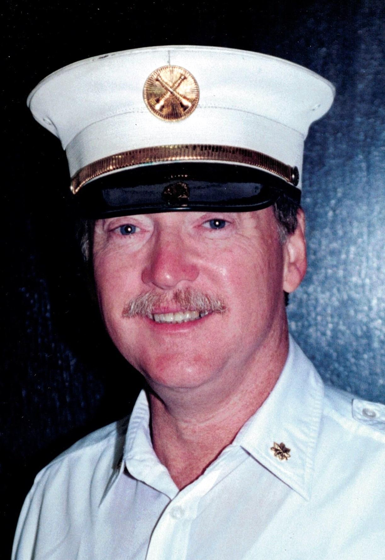 Martin  Connolly