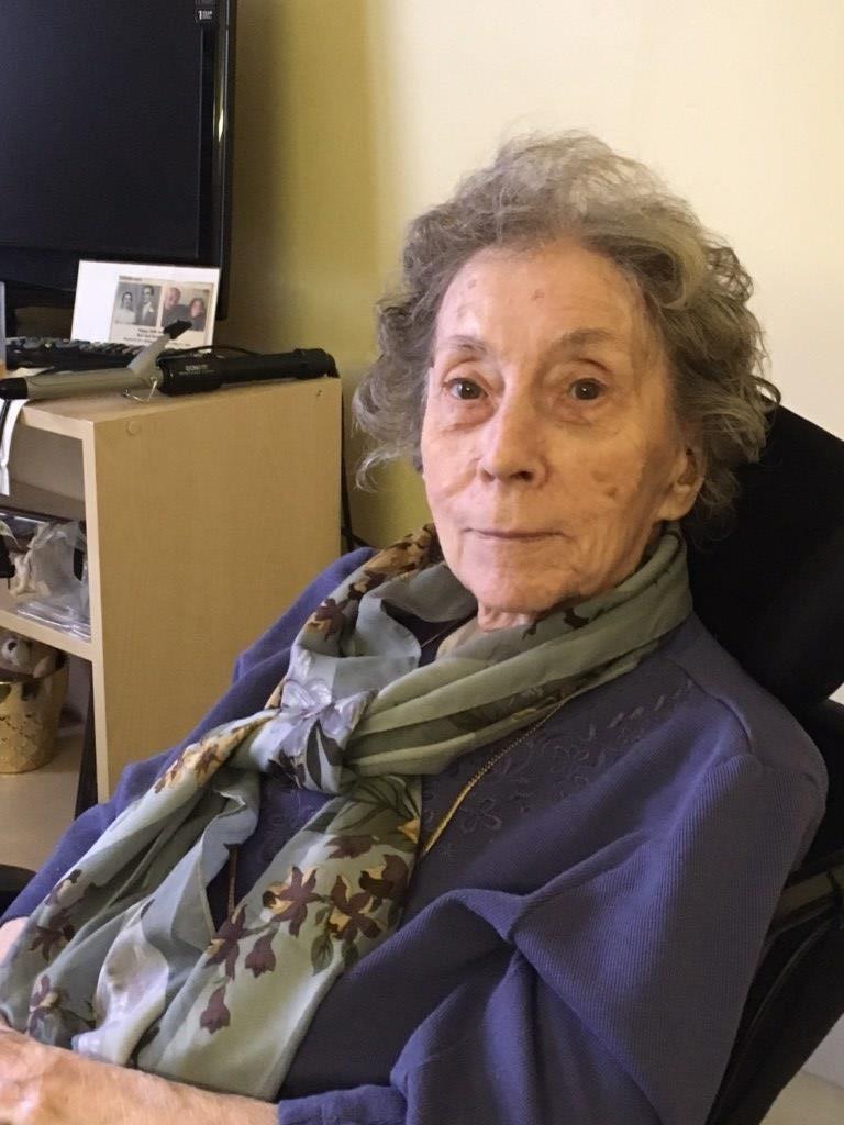 Dorothy Almira  Kinloch