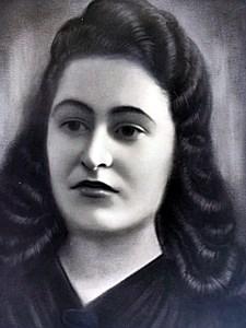 Esther L  Sochet