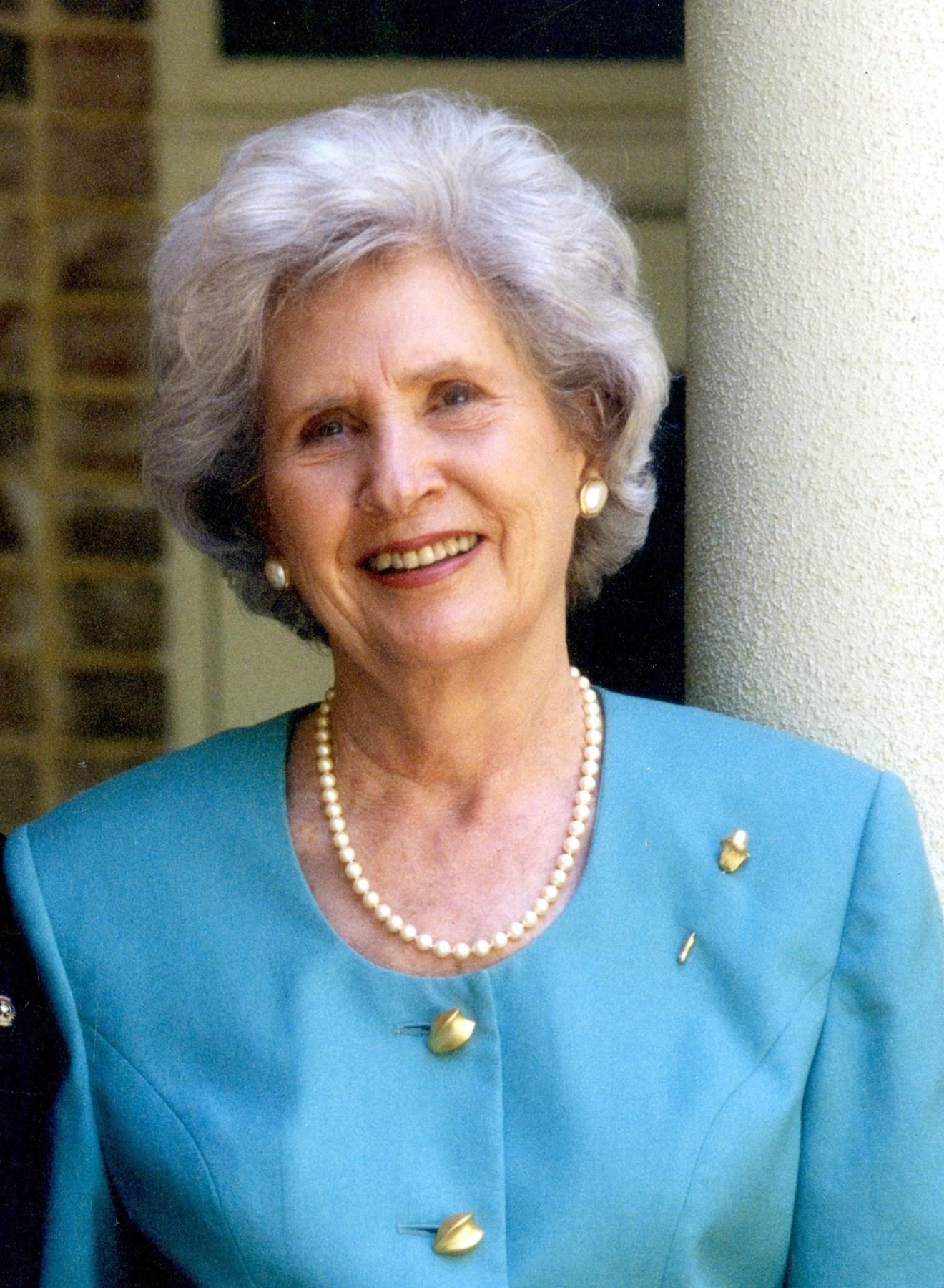 Evelyn Voncille  Lott Dunn