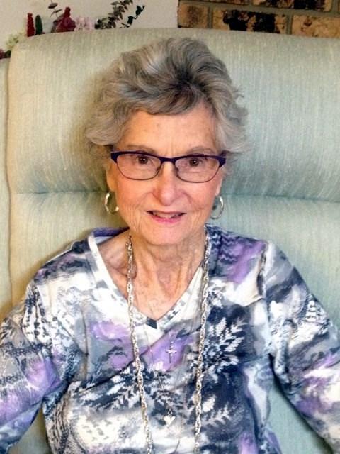 Linda Lou  Smith
