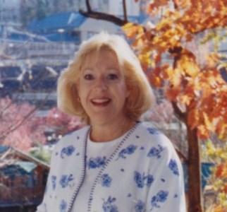 Lynne  Villarreal