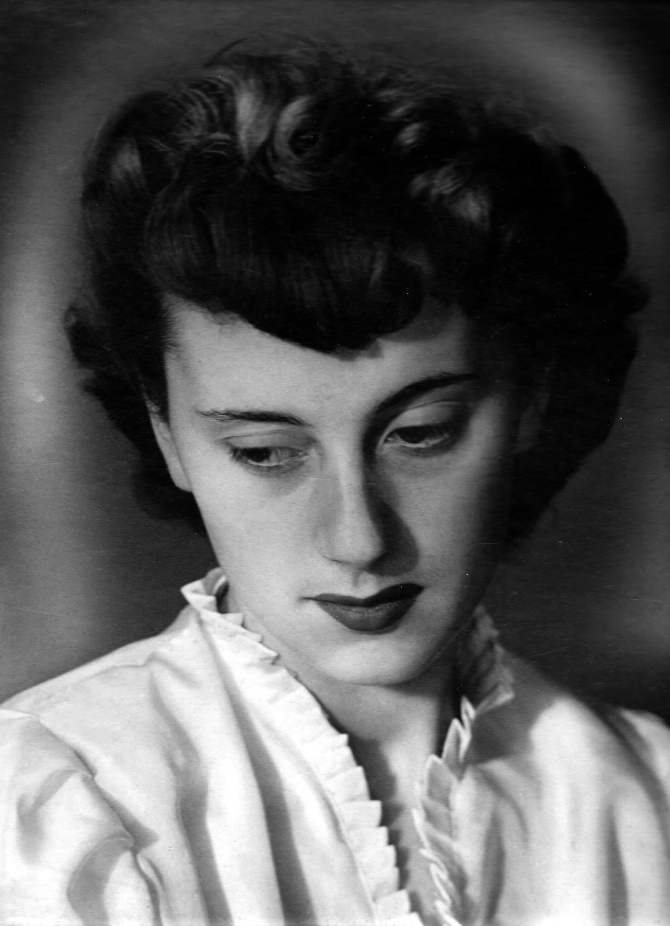Edith Emmi  Ladd