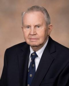 Leslie B.  Lampton