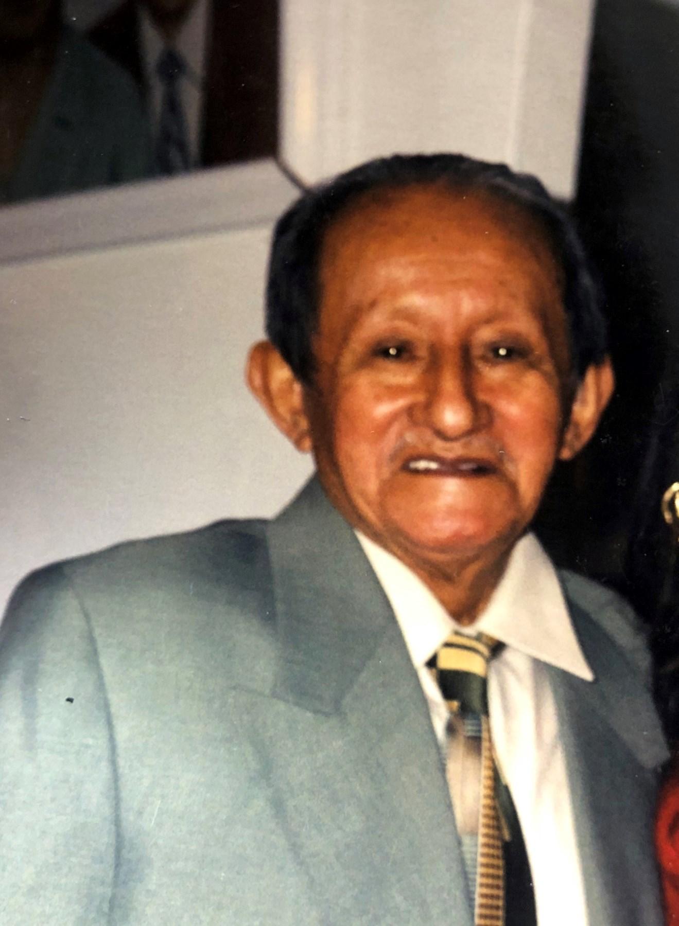 Luis M  Lopez