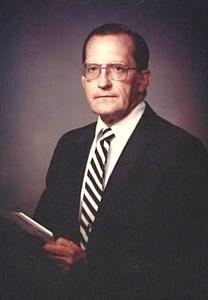 Robert Eugene  Sweaney