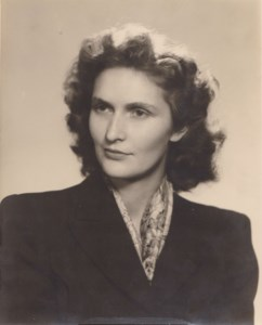 Jacquelyn Arloa  (Martin) Holbrook