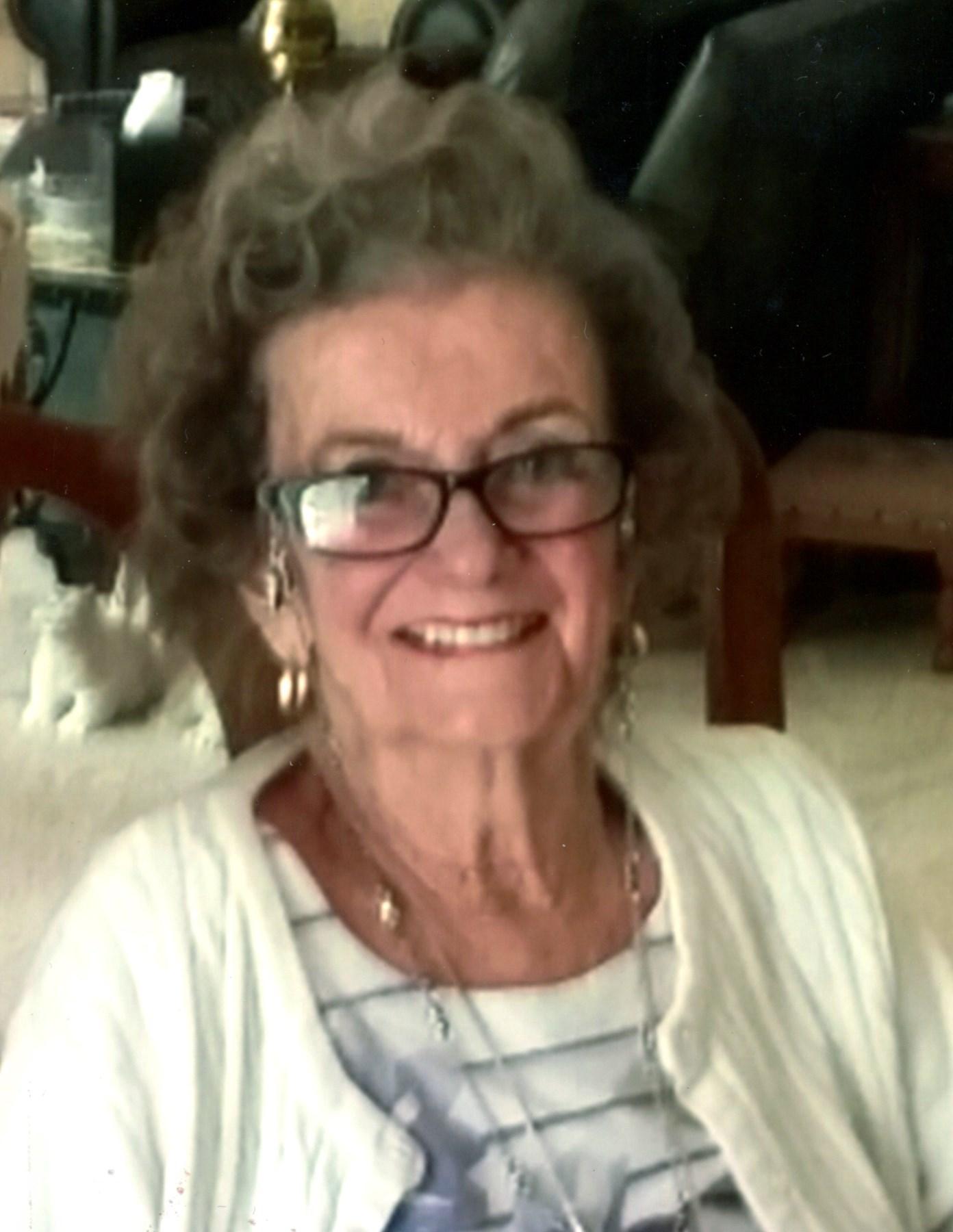 Julie Q.  Loomis