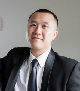 Larry  Chau