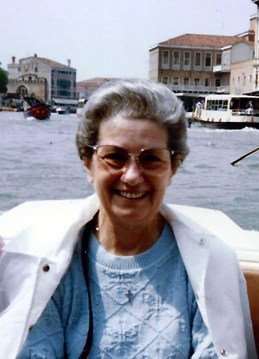 Lorraine Jennie  Mastro
