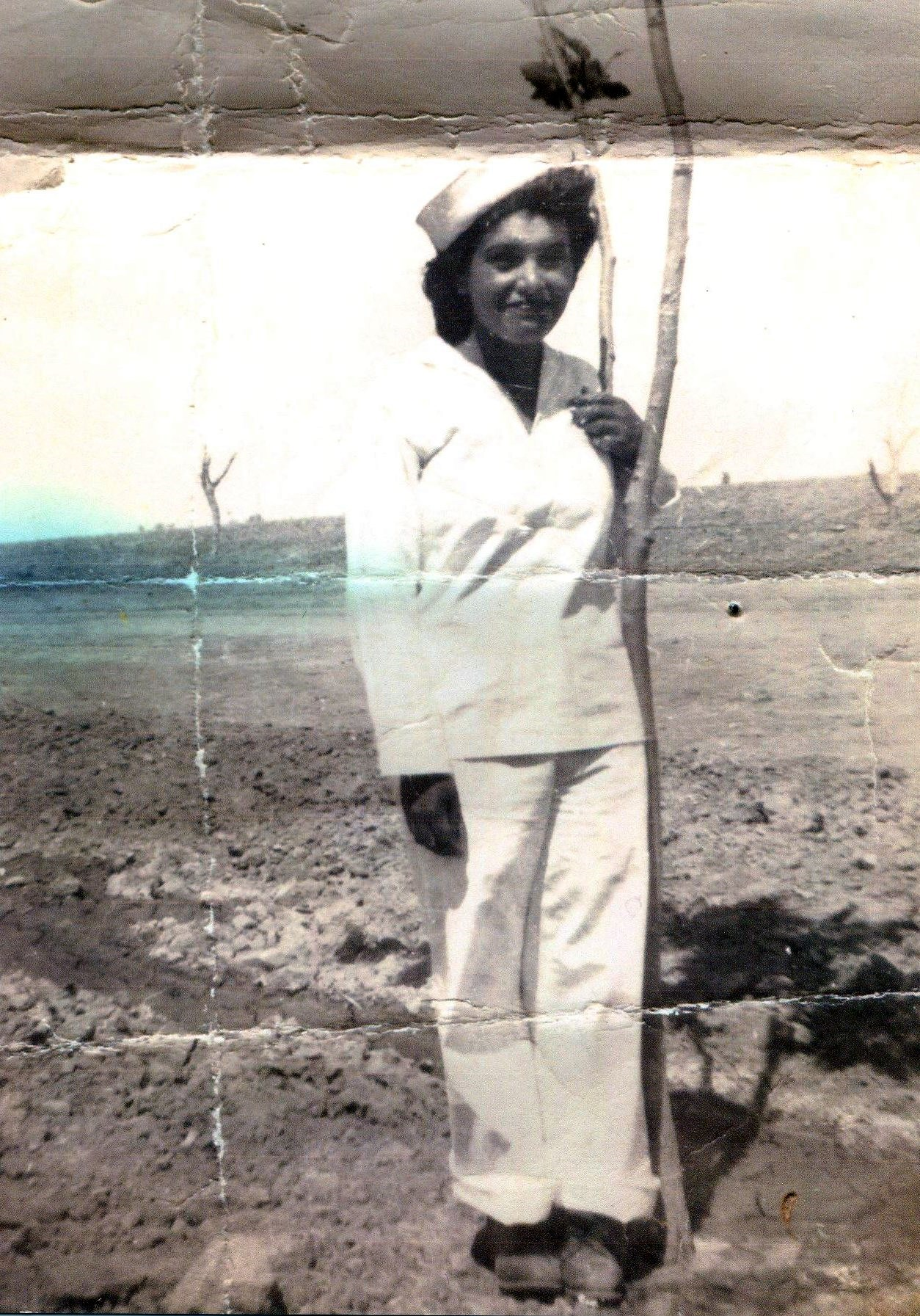 Rosie Apolinar  De la Cruz