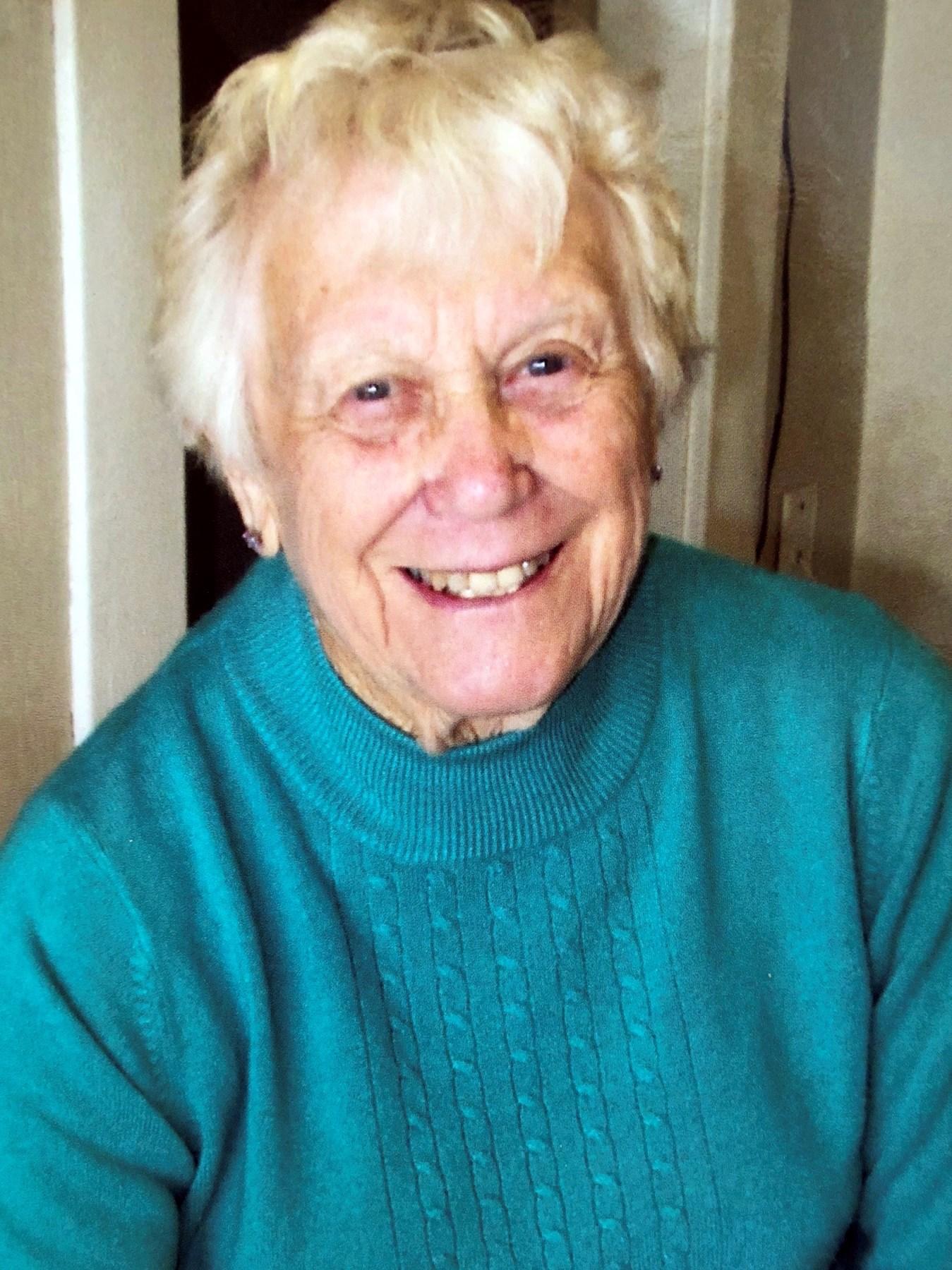 Mrs. Jannie  Anderson