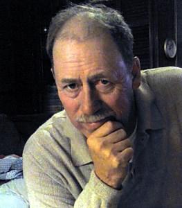 Kenneth Edward  Mahoney